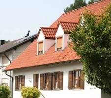 infos f r bauherren bauen renovieren gauben der gipfel des daches. Black Bedroom Furniture Sets. Home Design Ideas